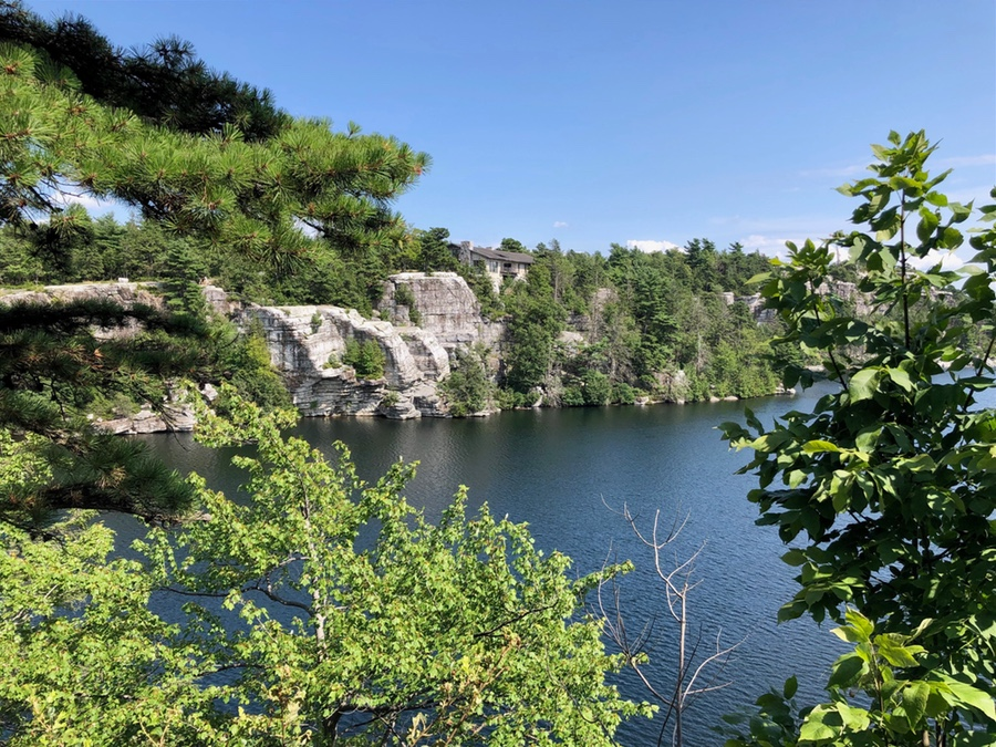 Walking through Minnewaska State Park