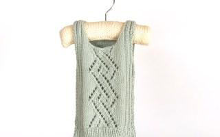 strikket babyvest