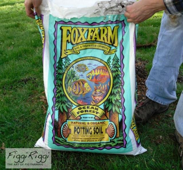 FoxFarm organic potting soil