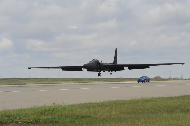 """A Lockheed-Martin U-2S """"Dragon Lady"""" reconnaissance aircraft prepares to touch down at Beale AFB, California. (U.S. Air Force Photo)"""