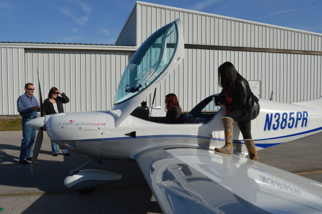 Lightsport Girl Discovery flight out of Orlando Executive Airport (KORL), Florida.