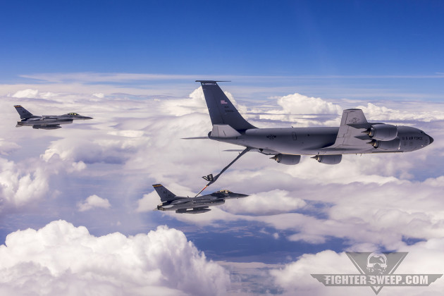 "A Boeing KC-135R Stratotanker from the 141st Air Refueling Wing ""drags"" a flight of F-16Cs of the 162nd Fighter Wing during Exercise Sentry Eagle 2015. (Photo by Scott Wolff)"