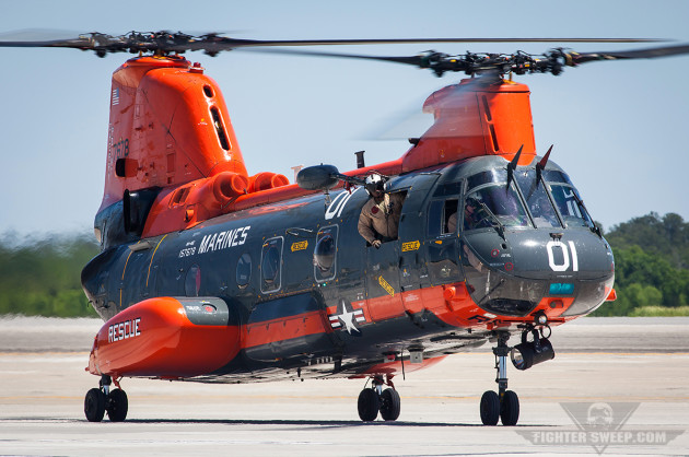 An HH-46E from VMR-1 taxies back to its parking position at MCAS Cherry Point