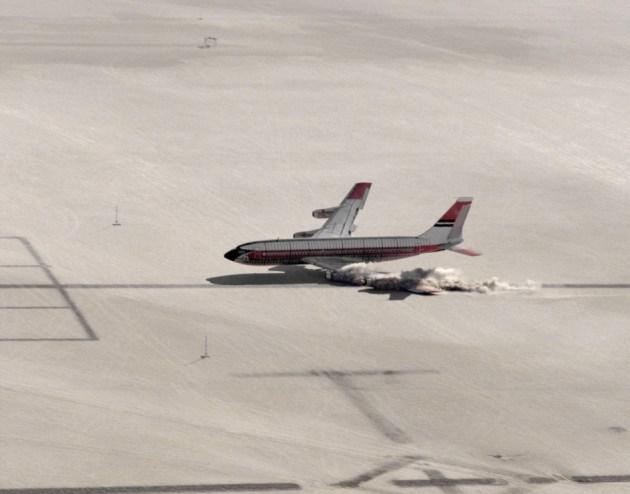 1984-nasa-test-crash-boeing-left-wing
