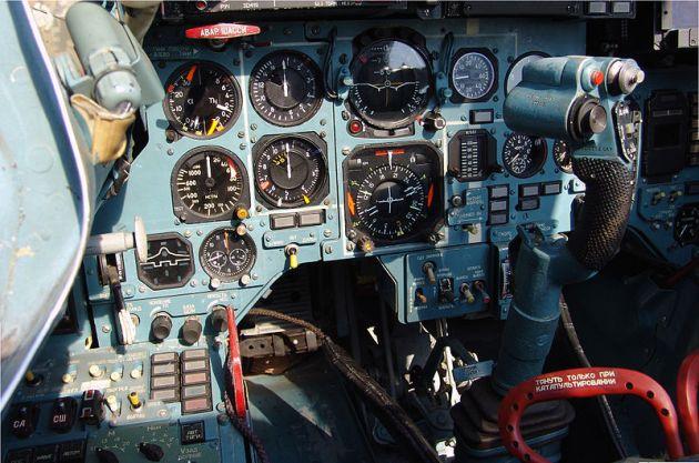 cockpit_of_sukhoi_su-33