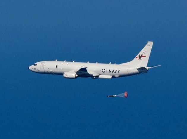 P-8A_Poseidon_of_VP-16_dropping_torpedo_in_2013