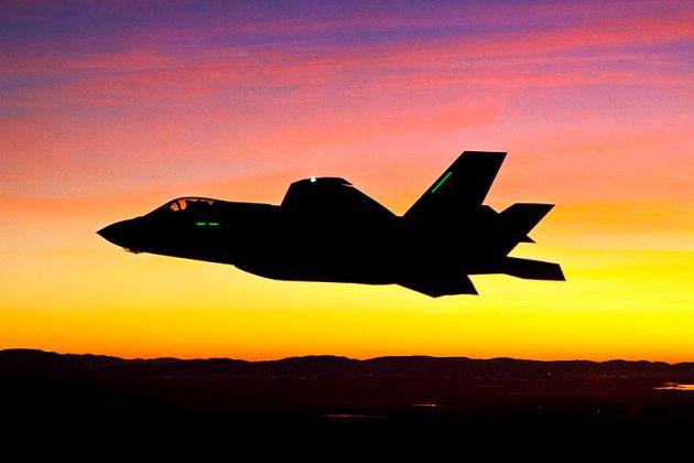 f-35-first-night-flight