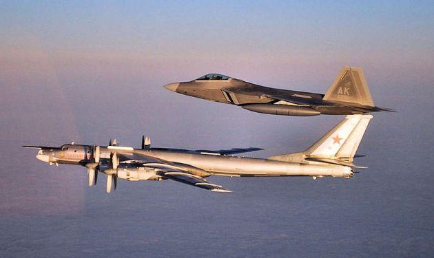 3d_Wing_F-22_intercept_TU-95_Bear
