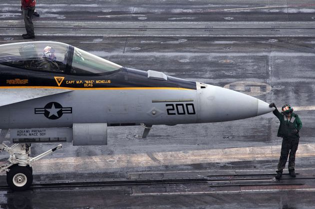 carrier-air-wing-f-18