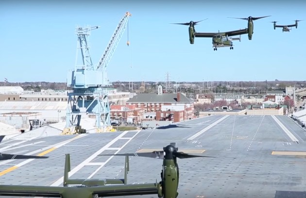 HMX-1-Ospreys-approaching-Gerald-Ford