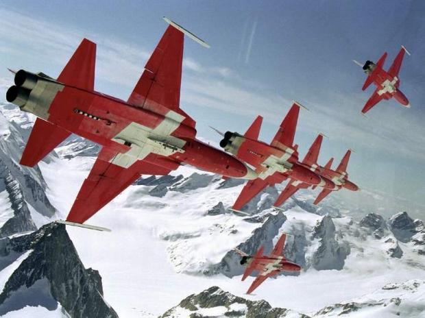 Patrouille Suisse f-5