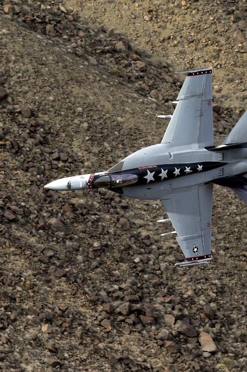 f-18-super-hornet-star-wars-canyon