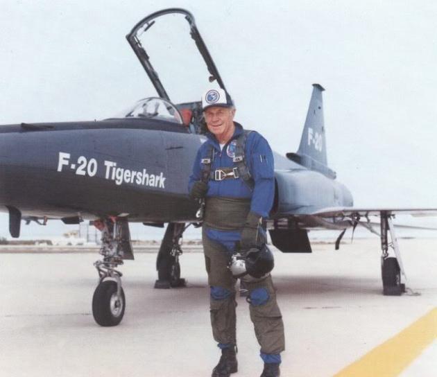 f20-tigershark-chuck-yeager