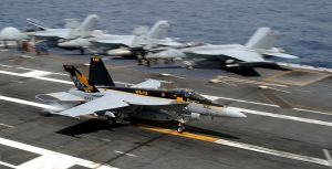 F-18E_of_VFA-115_landing_on_USS_George_Washington_CVN-73_in_September_2013
