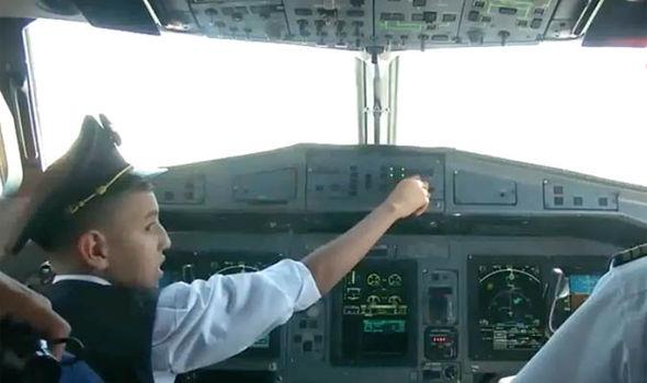 air-algeria-10-year-old-boy-flying-plane