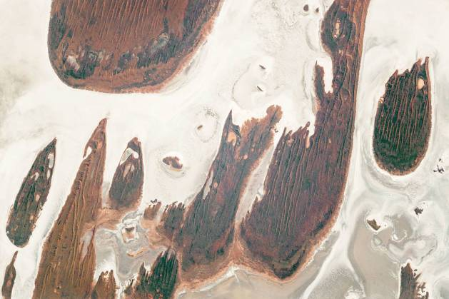 Western Australias Great Sandy Desert from space