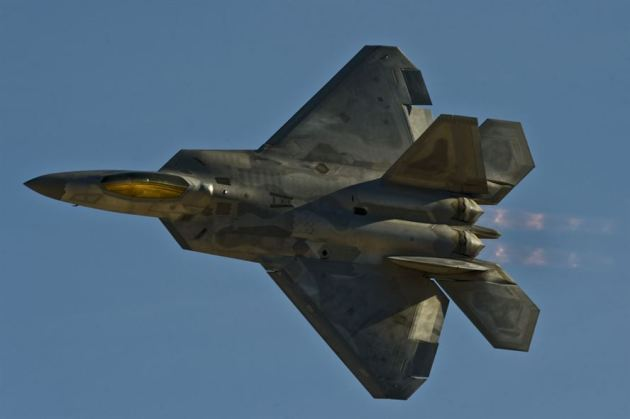 F-22A Raptor flies by during Aviation Nation