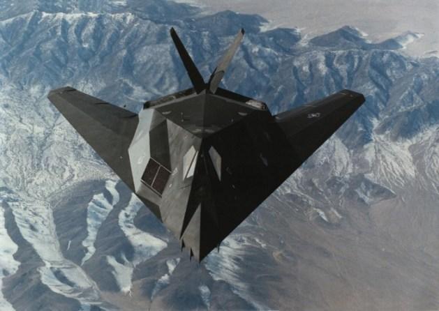 f-117 nighthawk stealth fighter