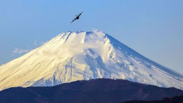 C-130J Super Hercules flies near Mount Fuji