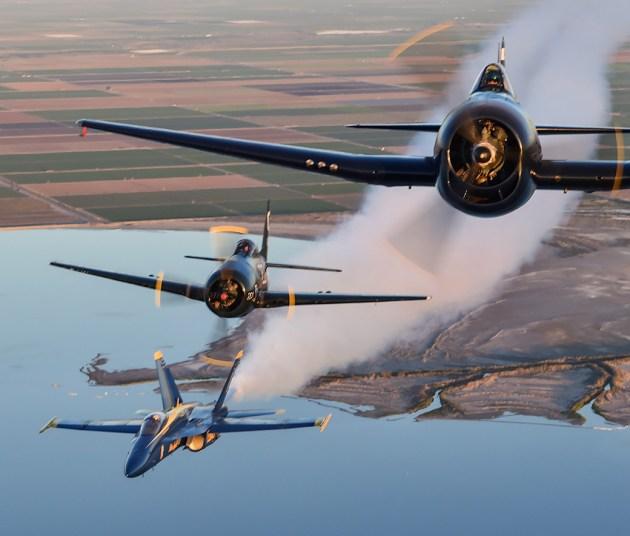 blue-angels-F6F Hellcat-F8F Bearcat-fa-18