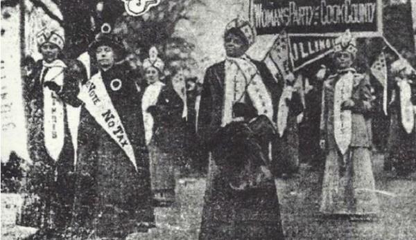 Ida B. Wells-Barnett with women's march 1913