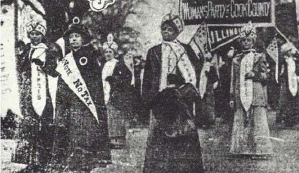 Ida B. Wells-Barnett with women's march 1913