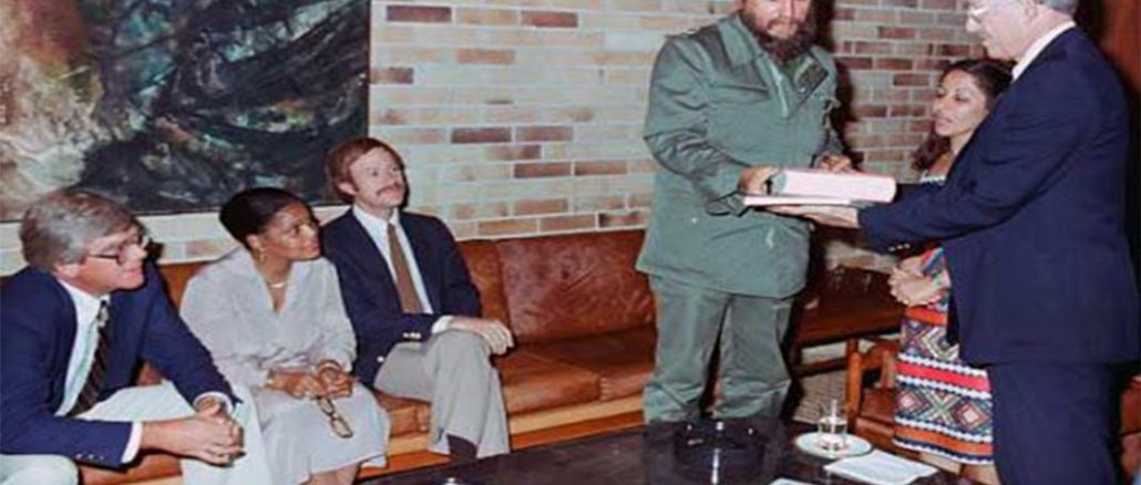 The interferon project began in 1981, after Fidel met U.S. doctor Randolph Lee Clark. Photo-Granma Archives