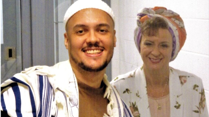 Christopher Vialva and his mother Lisa Brown just days before his execution in Indiana