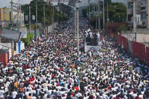 Feb. 14, 2021 over 100,000 denounce Jovenel Moise dictatorship in Port-au-Prince.