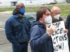 Detroit demonstration with DED and Moratorium NOW! Coalition outside 2nd precinct on April 15, 2021