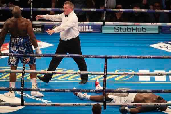 Dillian Whyte unleashes devastating 11th round KO in Dereck Chisora rematch
