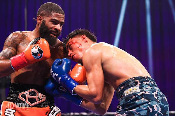 Showtime Leo V Fulton Fight Night Westcott 085