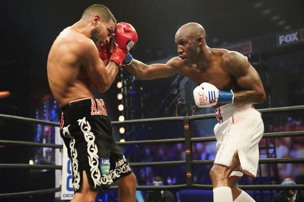 Ugas Vs Ramos Fight Night32
