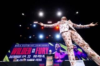 Wilder Fury 2 Kickoff08