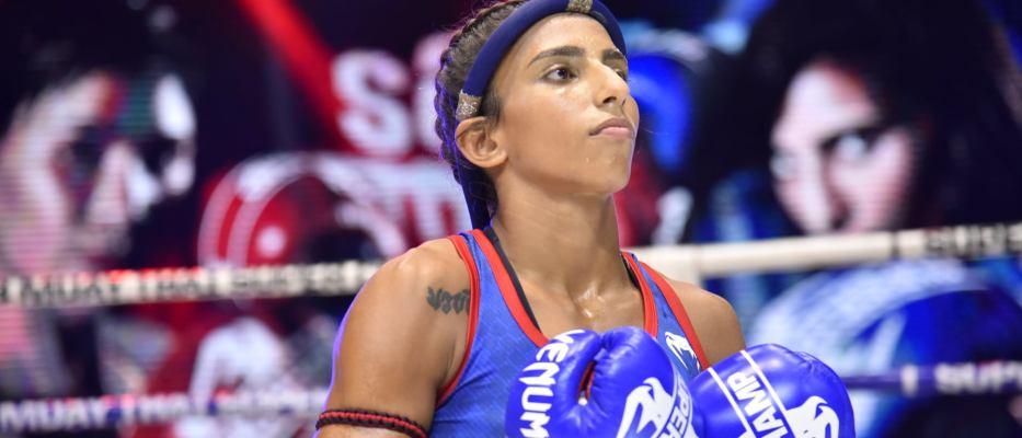 Barbara Aguiar - Female Muay Thai Fighter