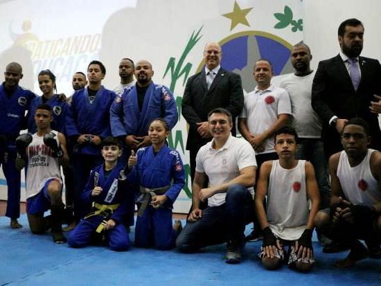 Iniciativa levará o ensino e a prática das artes marciais e de outras modalidades esportivas às unidades da rede pública estadual. Foto: Paulo Fernando