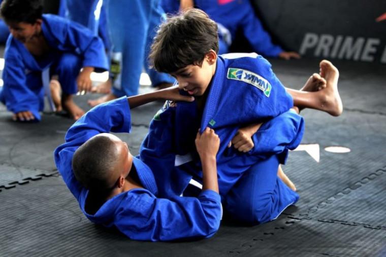 Lei municipal reconhece o caráter formativo e educativo do Jiu-jitsu Brasileiro como uma atividade que contribui com o desenvolvimento dos alunos das escolas públicas