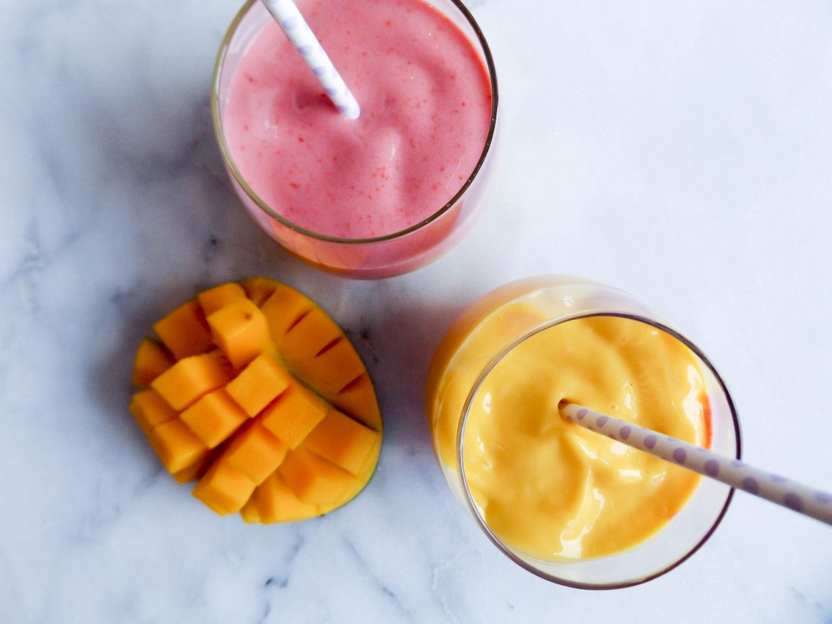 strawberry mango smoothie (1 of 1)-6