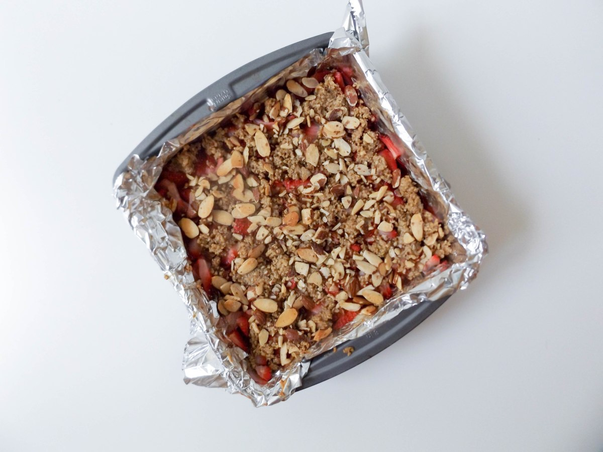 strawberry oatbars (1 of 1)-2