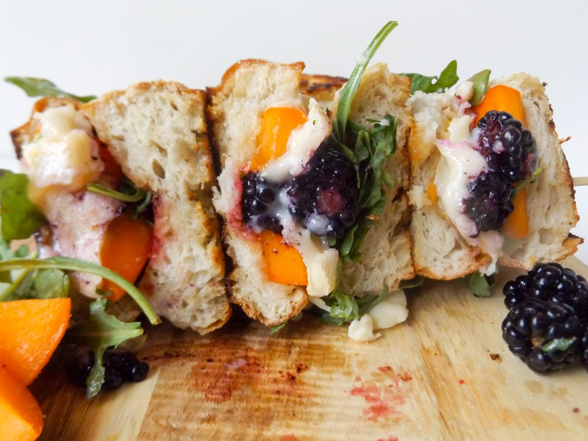 apricot blackberry brie sandwich (1 of 1).jpg