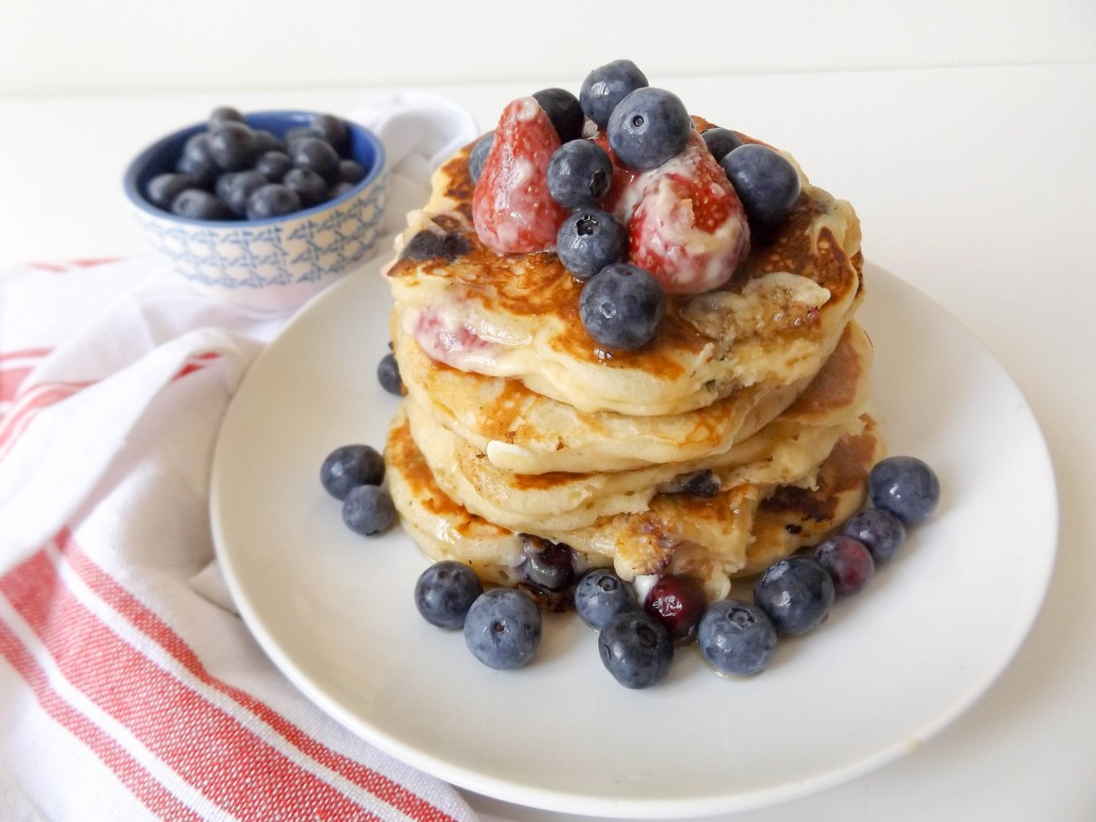 red white and blueberry pancakes (1 of 1)-4