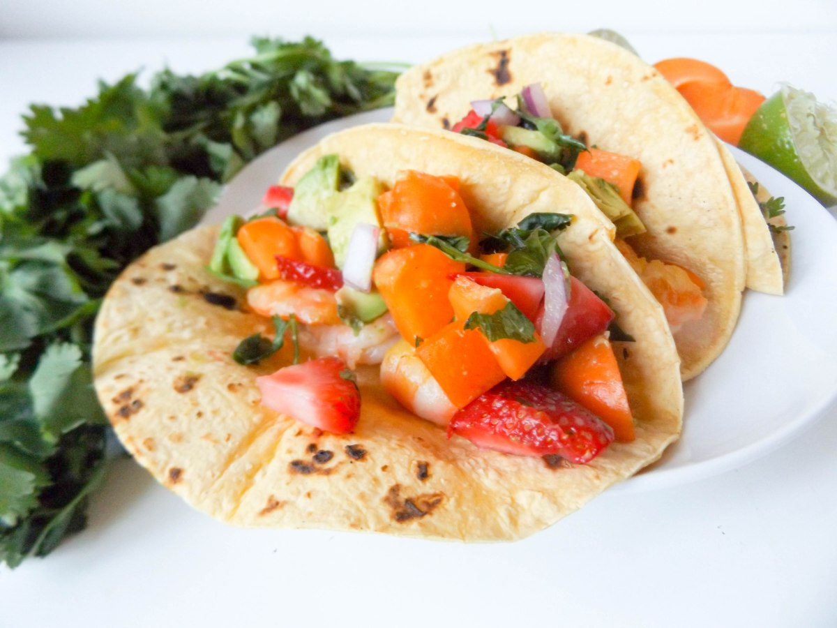 shrimp tacos with apricot strawberry salsa (1 of 1)-4