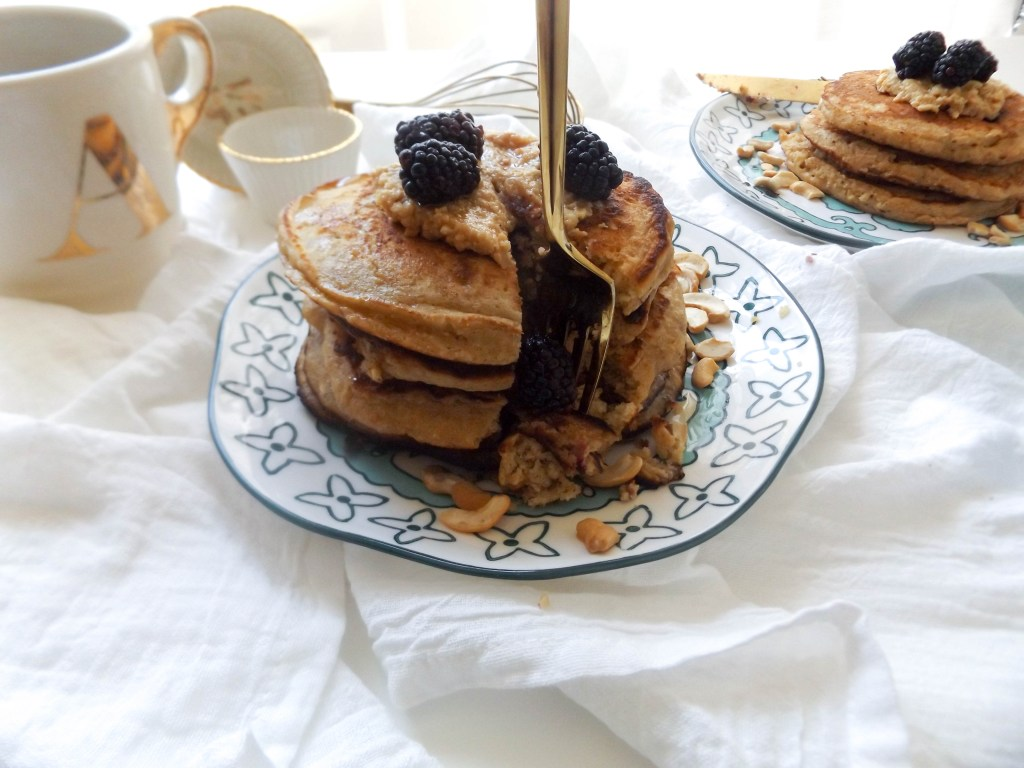 Oatmeal Cashew Butter Pancakes with Blackberrie