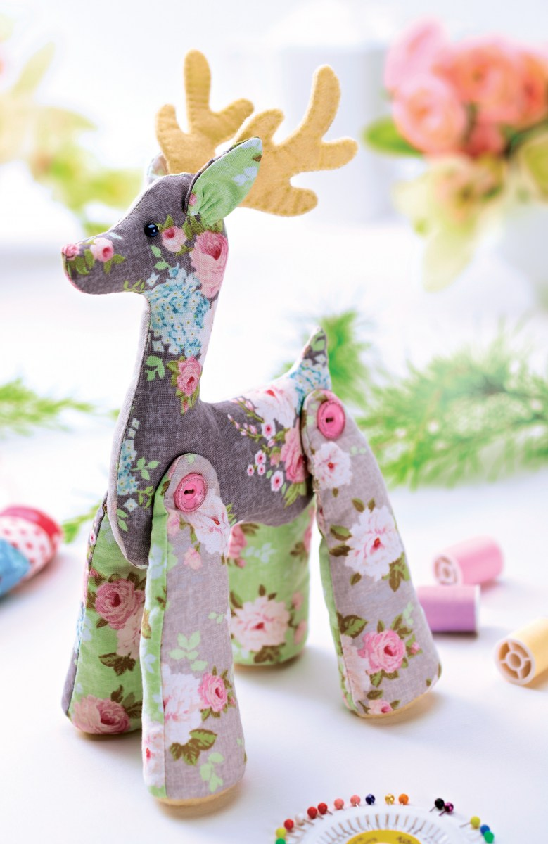 Reindeer Sewing Pattern Decorate Your Home This Christmas With Our Beautifully Stitched