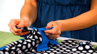 Sewing Blankets Ideas How To Tie Together A Fleece Blanket No Sew Crafts Youtube