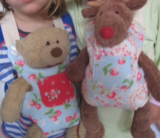 Teddy Bear Sewing Pattern Kitchen Table Sewing Teddy Bear Carriers To Indulge Three Little