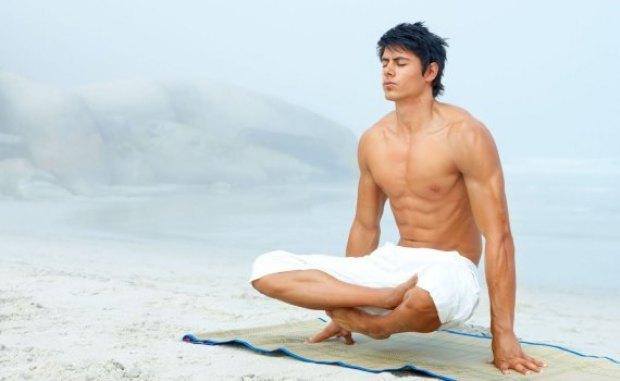 Asana Talasana strengthens the muscles of the whole body