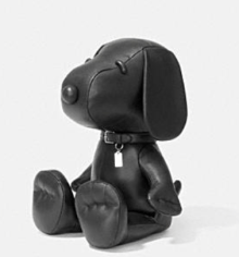 Coach X Peanuts Small leather snoopy doll