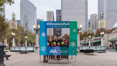 2018-millenium-park-ice-rink-instagram