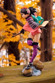 1/8-scale Momohime PVC figure by Alter (fall leaves shot)